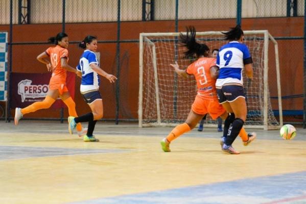 Independente e Valência abrem vantagem nas semifinais da Copa Boa Vista de  Futsal bcea8c1b8cd50